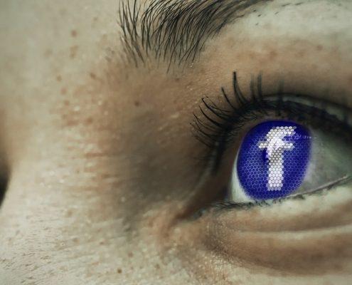 ojos facebook